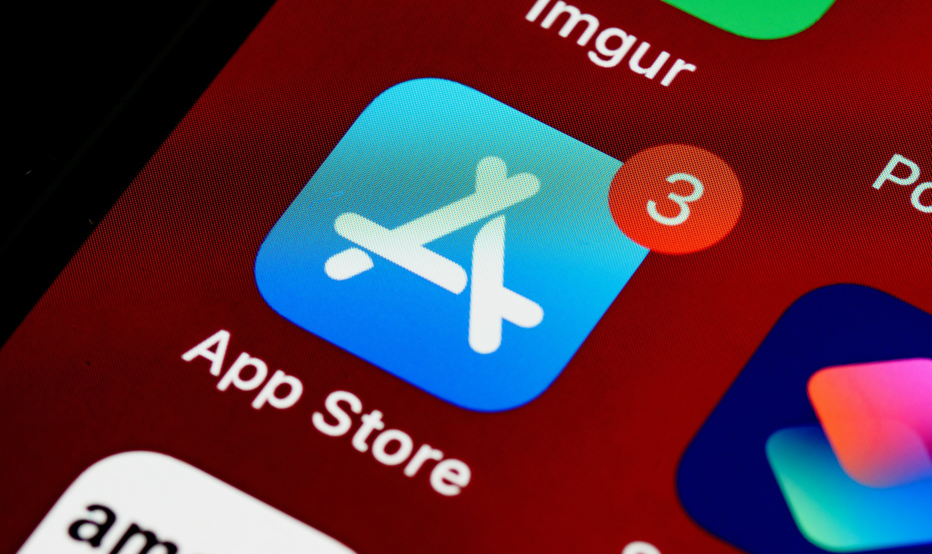 New Bill Aims To Stop Apple, Google From Forcing App Developers To Use Their Payment Systems